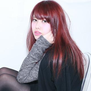 レッド 外国人風 セミロング モード ヘアスタイルや髪型の写真・画像