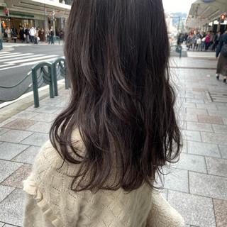 ブラウンベージュ アッシュグレージュ グレージュ セミロング ヘアスタイルや髪型の写真・画像