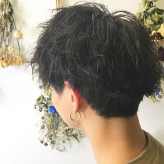 ストリート ツイスト メンズショート メンズカット ヘアスタイルや髪型の写真・画像