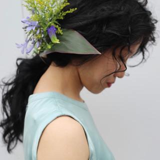 ロング 生花アレンジ ヘアアレンジ お花ヘア ヘアスタイルや髪型の写真・画像