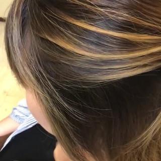 ミディアム ハイライト ストリート アディクシーカラー ヘアスタイルや髪型の写真・画像
