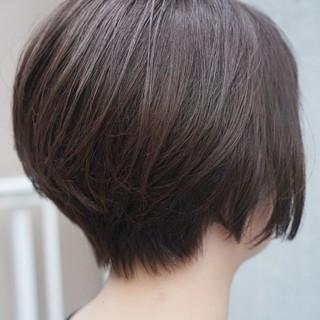 大人ヘアスタイル ナチュラル 美シルエット ショート ヘアスタイルや髪型の写真・画像