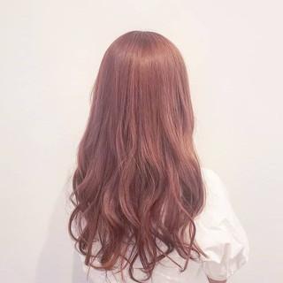 ロング フェミニン ハイトーン ピンク ヘアスタイルや髪型の写真・画像