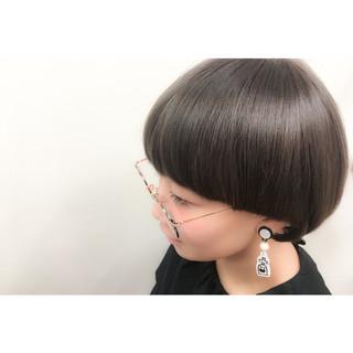 暗髪 モード ブラウン アッシュ ヘアスタイルや髪型の写真・画像