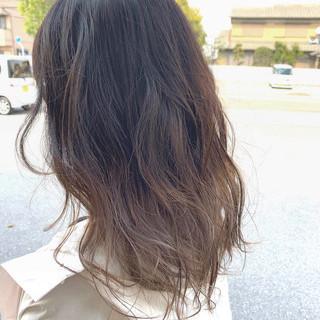 透明感カラー ミルクティーベージュ デザインカラー エレガント ヘアスタイルや髪型の写真・画像