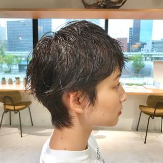 ショートヘア ショート ハンサムショート ナチュラルウルフ ヘアスタイルや髪型の写真・画像