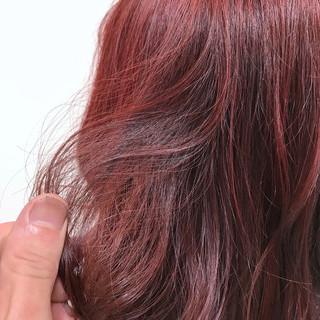 ゆるふわ ブリーチなし セミロング レッド ヘアスタイルや髪型の写真・画像