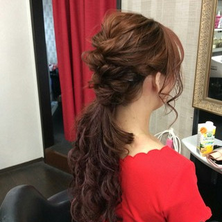 ナチュラル ヘアアレンジ ロング ポンパドール ヘアスタイルや髪型の写真・画像