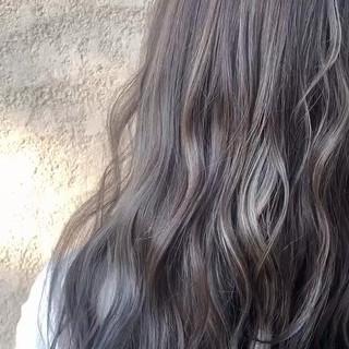 透明感カラー 3Dハイライト グレージュ ナチュラル ヘアスタイルや髪型の写真・画像