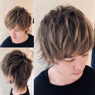 メンズヘア ナチュラル ショート メンズ ヘアスタイルや髪型の写真・画像 ヘアスタイルや髪型の写真・画像