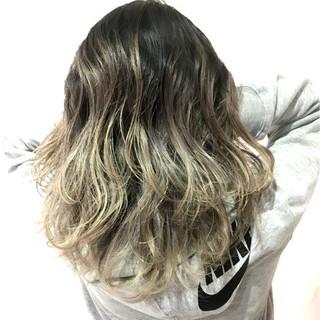 簡単ヘアアレンジ 抜け感 上品 オフィス ヘアスタイルや髪型の写真・画像