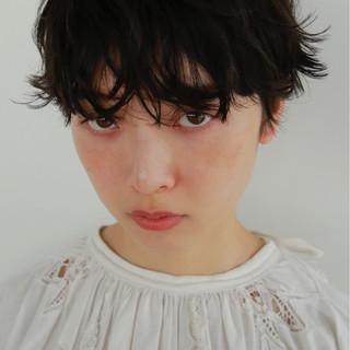 かっこいい マッシュ パーマ 前髪あり ヘアスタイルや髪型の写真・画像