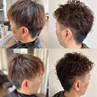 ショート ストリート ツーブロック メンズマッシュ ヘアスタイルや髪型の写真・画像