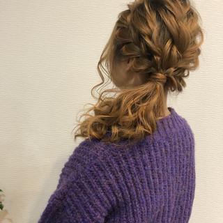 サイドアレンジ ガーリー セミロング 編み込みヘア ヘアスタイルや髪型の写真・画像
