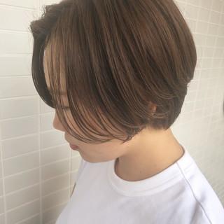 ハンサムショート 小顔ショート ショートボブ ナチュラル ヘアスタイルや髪型の写真・画像