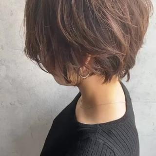 アンニュイほつれヘア ナチュラル ショート 濡れ髪スタイル ヘアスタイルや髪型の写真・画像