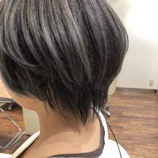 ショートボブ ショート オルティーブアディクシー アディクシーカラー ヘアスタイルや髪型の写真・画像