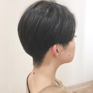 大人ショート 刈り上げ女子 刈り上げ ハンサムショート ヘアスタイルや髪型の写真・画像