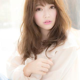女子会 リラックス パーマ フリンジバング ヘアスタイルや髪型の写真・画像