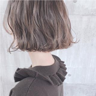 大人かわいい アッシュベージュ ボブ グレージュ ヘアスタイルや髪型の写真・画像