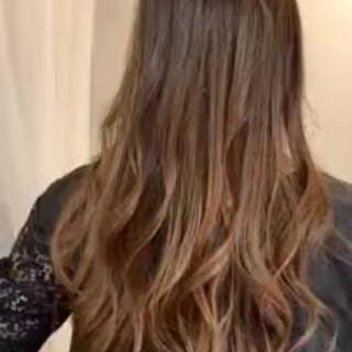 グラデーションカラー ゆるふわ モテ髪 大人かわいい ヘアスタイルや髪型の写真・画像