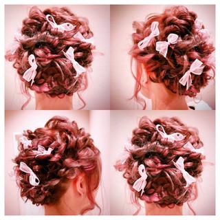 ガーリー レッド 結婚式 ピンク ヘアスタイルや髪型の写真・画像