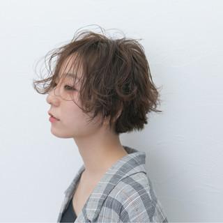 抜け感 デジタルパーマ ショート 小顔 ヘアスタイルや髪型の写真・画像