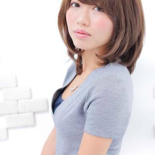 大人かわいい ミディアム フェミニン ハイライト ヘアスタイルや髪型の写真・画像