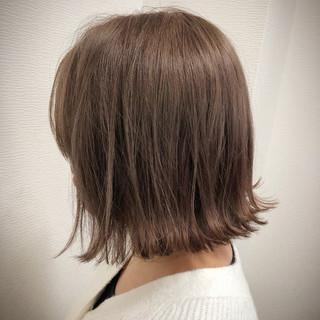 ミニボブ ダブルカラー 切りっぱなしボブ ガーリー ヘアスタイルや髪型の写真・画像