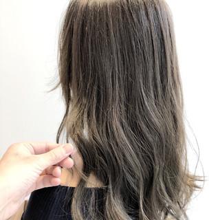 簡単ヘアアレンジ デート セミロング オフィス ヘアスタイルや髪型の写真・画像