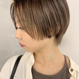 ショート ナチュラル ハンサムショート 小顔ヘア ヘアスタイルや髪型の写真・画像