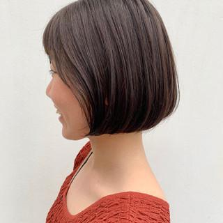 ベージュ ボブ ナチュラル 簡単ヘアアレンジ ヘアスタイルや髪型の写真・画像