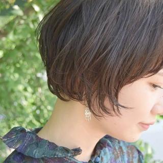 ショート ショートボブ ナチュラル 大人かわいい ヘアスタイルや髪型の写真・画像 ヘアスタイルや髪型の写真・画像