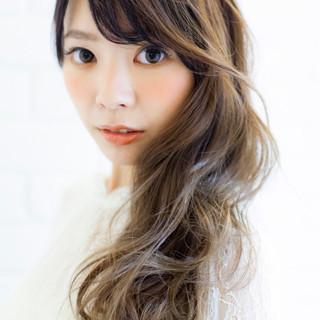 ゆるふわ グラデーションカラー 外国人風 ロング ヘアスタイルや髪型の写真・画像