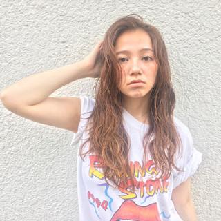 ロング 外国人風 パーマ ゆるふわ ヘアスタイルや髪型の写真・画像