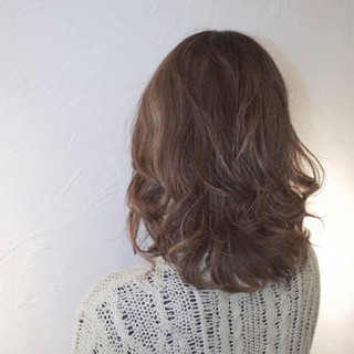 ウルフカット ボブ ミルクティー マッシュ ヘアスタイルや髪型の写真・画像