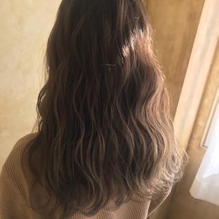 ナチュラル 冬 グラデーションカラー 透明感 ヘアスタイルや髪型の写真・画像