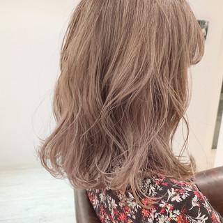 ミディアム デート 簡単ヘアアレンジ ナチュラル ヘアスタイルや髪型の写真・画像