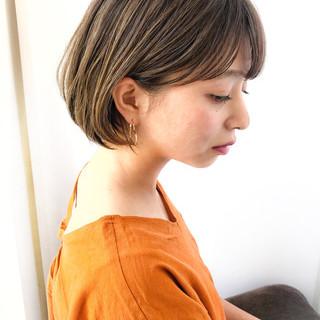 小顔 ナチュラル ゆるふわ 似合わせ ヘアスタイルや髪型の写真・画像