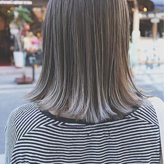 ボブ イルミナカラー 外国人風 ストリート ヘアスタイルや髪型の写真・画像