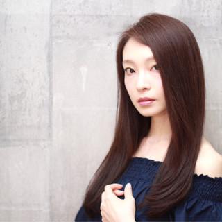 ロング 透明感 イルミナカラー フェミニン ヘアスタイルや髪型の写真・画像