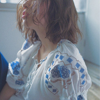 ボブ くせ毛風 外国人風 大人かわいい ヘアスタイルや髪型の写真・画像