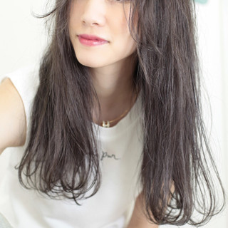 ダブルカラー 外国人風 ストリート ロング ヘアスタイルや髪型の写真・画像