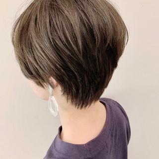 ベージュ ナチュラル ショートヘア ショート ヘアスタイルや髪型の写真・画像