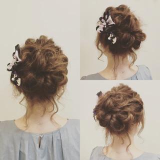 アップスタイル まとめ髪 ヘアアレンジ 簡単ヘアアレンジ ヘアスタイルや髪型の写真・画像 ヘアスタイルや髪型の写真・画像
