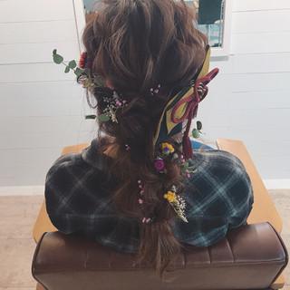 謝恩会 セミロング 結婚式 ゆるふわ ヘアスタイルや髪型の写真・画像