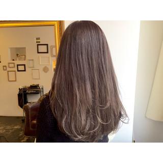 ブルージュ 透明感 グレージュ ロング ヘアスタイルや髪型の写真・画像