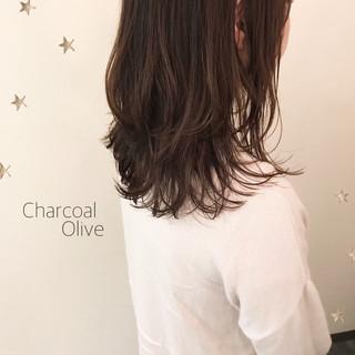 ストリート アンニュイほつれヘア ゆるナチュラル ミディアムレイヤー ヘアスタイルや髪型の写真・画像
