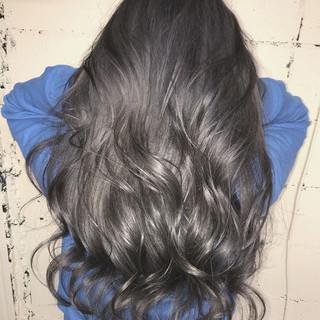ハイトーン ロング ブリーチ グラデーションカラー ヘアスタイルや髪型の写真・画像