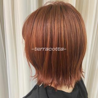 オレンジ ミニボブ オレンジカラー オレンジベージュ ヘアスタイルや髪型の写真・画像